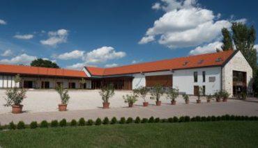 Clădire comunitară