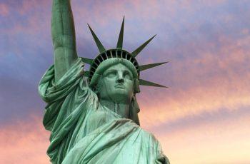 1100 t consumul zilnic de material, echivalent cu 5 Statui ale Libertății